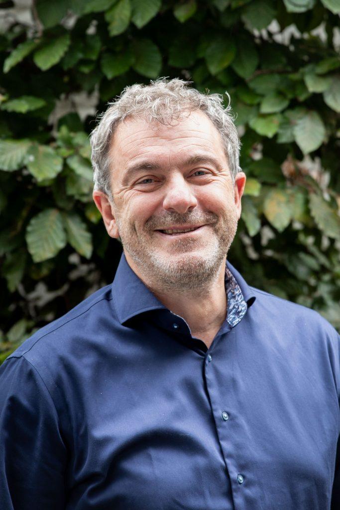 Bruno Hilleware, opleider
